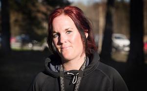 Charlotte Hedin, 34 år, Ålöström, grusbilsförare. – Jag märker inte av det så mycket, inte ens när jag klipper gräs. Men min man är allergisk och äter tabletter.