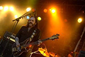 Lemmy Kilmister och hans Motörhead spelade på Sweden Rock 2007. I år dyker bandet upp på nystartade Getaway Rock Festival i Gävle. Sommarens hårdrocksfestivaler kommer att locka en bra bit över 100 000 besökare.Foto: Mikael Fritzon/Scanpix