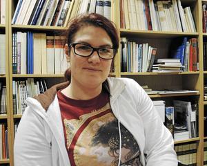 Johanna Nybelius berättade om Kristina Gyllenstierna vid en föreläsning i Hosjö församlingshem arrangerad av Hosjö-Vika pilgrimsgrupp.