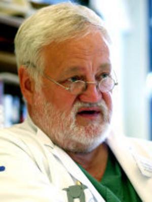 —Livskvaliteten har ökat markant hos de hjärtsviktspatienter som har fått den nya pacemakern, säger överläare Claes Ringqvist, Sundsvalls sjukhus.