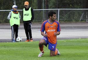 Dido Hussein är klar för Värnamo i superettan.