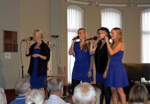 Anna Wikénius, Emma Björling, Lotta Andersson från Sundsvall och Malin Gunnarsson Thunell bildar sånggruppen Kongero (som betyder spindel på jämtska; i Ångermanland finns varianten kangaro).