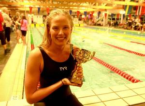 Michelle Coleman har ett EM-brons och laddar för fullt mot OS. I helgen har hon varit i Östersund för att tävla, föreläsa och umgås med andra simmare.