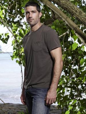 """En säsong återstår innan """"Lost"""" säger adjö till tv-tittarna. """"Det är blandade känslor. En stor del av mig ser fram emot att serien tar slut"""", säger Matthew Fox till TT Spektra."""