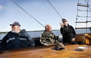 Tyskarna Hans-Peter Dooze, Ingo Lau och Rita Büchner har åkt med från Rostock.