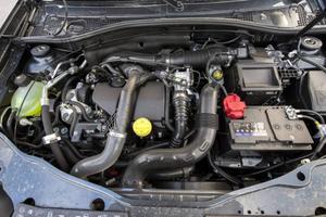 Bildtext 9: 1,5-liters dieselmotorn med 110 hästkrafter är tillräckligt stark, men den kräver bestämd gas och rejäla växlingar.Foto: Anders Wiklund/TT