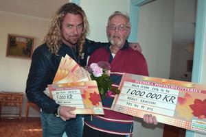 Kicken Lundqvist och vinnaren Bengt Eriksson i Dala-Floda, som totalt vann 1 040 000 kronor.
