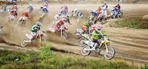Lag–SM i motocross startar i helgen i Eksjö där den första av sex deltävlingar avgörs. Där är Alfta/Edsbyn ett av 12 lag som kämpar om poängen.
