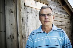 Bengt Gruvin säger att man vid besluten om fiskodlingarna bland annat ser till miljöbalkens regler.