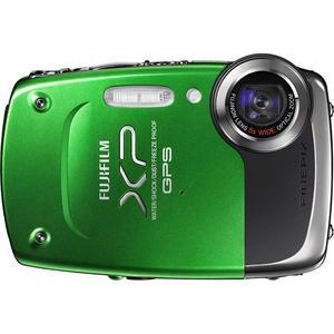 l Fujifilm Finepix XP30. Fujifilms förra undervattenskamera, XP10, fick inga stormande recensioner, men med XP30 verkar man ha höjt ribban. Kameran har 14 megapixlars upplösning och tål ett vattendjup på fem meter. Den har inbyggd gps för geotaggning av bilder, repsäker lcd-skärm och ett helt okej zoomomfång på 28 till 140 millimeter med dubbel stabilisering.Prisintervall: 1 715–2 416 kronor.