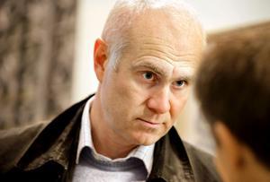 ÖSK:s sportchef Lennart Sjögren berättar att klubben är mycket intresserade av honduranen Jerry Bengtson.