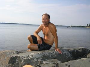 """En målspottare som kopplar av. I dag fyller Sven-Olof """"Lappen"""" Nordqvist 50 år och kan summera en lång fotbollskarriär där tiden i Sandvikens IF var höjdpunkten."""