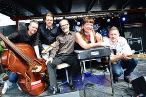 The High Jacks spelar kl 21 på Rockabillyscenen på lördagen.