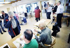 Gott om valdeltagare var det ett tag i Björktjära skola. Björktjära har 5 200 valberättigade och är det största valdistriktet i Bollnäs.