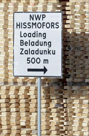 Hissmofors har blivit delvis polskt. Bygget av ny kraftstation sätter sin prägel.