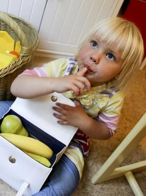 Frukt fungerar bra som ersättning för godis för Signe Sandström. Åtminstone än så länge.