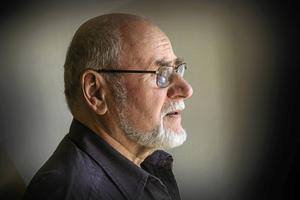 Jörg Jeschke fyller snart 80 år men är fortfarande fullt verksam som konstnär.