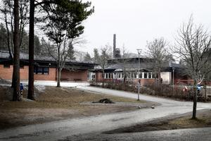 Bålbroskolan måste renoveras eller byggas helt ny.