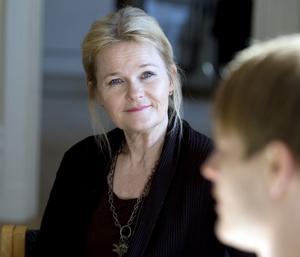 Sissela Kyle, välkänd komedienne, har aldrig förut arbetat hos Teater Västernorrland.