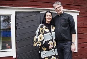 Anita och Hans Eken driver lantgården Ekengård utanför Köping.