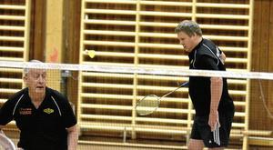 Söndagsmatch. Gert Svensson spelade dubbel tillsammans med Mikael Haraldsson.Foto: Michael Landberg