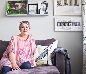 Margareta Hallner är ordförande i lokalavdelningen för FUB och mamma åt Moa, flickan på den svartvita bilden.