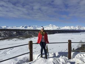Edit Holmqvist från Trönö studerar en termin i Alaska. Bilden är från Denali nationalpark.