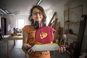 Soulin Altaweel, nästan 11, går på Konstkrafts design - och skulpturskola med sin syster.