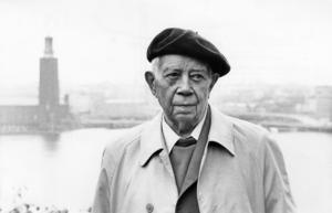 Författaren Ivar Lo-Johansson föddes år 1901 på torpet Ådala under Hammersta gods i Ösmo.