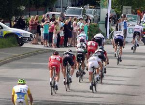 Den tredje etappen av Tour de Jamtland gick till August Jensen. Han dök upp som gubben ur lådan och ryckte ifrån ledarduon Jesper Dahlström och Christopher Opie.