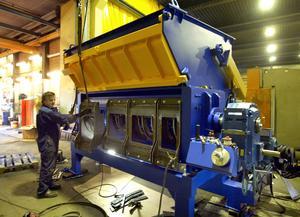 Franssons Recycling Machines i Birsta tillverkar avfallskvarnar. Mycket går på export.