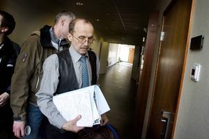 Åklagare Christer Sammens leder utredningen.