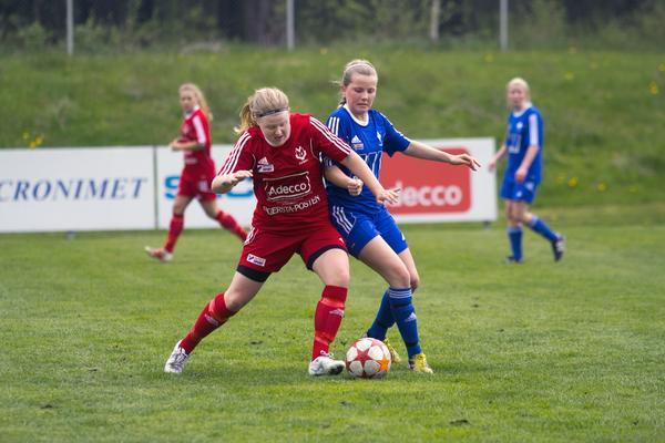 Lotta Nurmilehto gjorde Västanfors mål mot Hallsberg.
