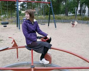 Bra lekplatser är en viktig samhällsservice för de yngsta medborgarna, tycker gatu- och parkchef Emma Nordebo Snygg.