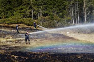 Risken för gräsbränder är stor just nu. Bilden är från en gräsbrand i Kluk 2011.