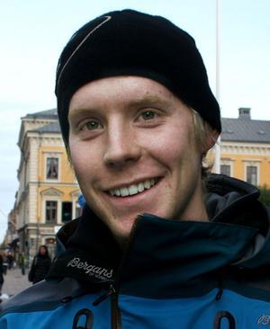 Johan Larsson, 23, asfaltsarbetare, Gävle:– Jag har inte varit på så många olika ställen eftersom jag bara bott här i ett år men Heartbreak tycker jag är bra.
