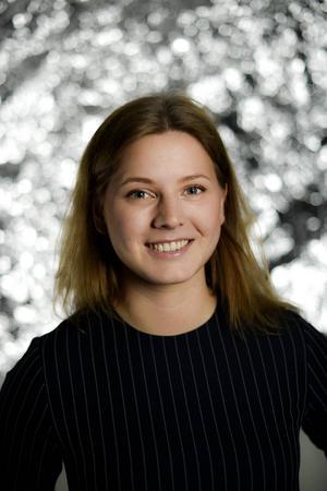 Sofia Castensson är utbildad sommelier och vann Lilly Bollinger Award, priset för Sveriges bästa kvinnliga sommelier, 2015. Hon arbetar som marknadsassistent hos Frantzén Group och sommelier på vinbaren Gaston.   Pontus Lundahl/TT