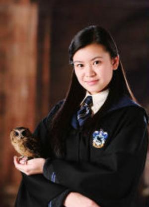 Katie Leung som Cho Chang.