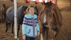 Helene Synnefors är coach inom ledarskap och kommunikation och menar att hästarna kan lära ut mycket om just detta.