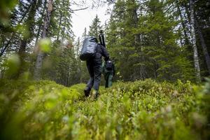 Björngömslet, som Håkan och Eva byggde 2006, ligger djupt in i hälsingeskogen.