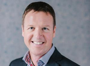 Stefan Henningsson anser att om alla klimatkompenserade på ett bra sätt skulle det ge stor effekt.