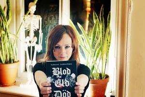 Ika Johannesson växte upp i Göteborg där flera av banden bildades – av hennes kompisar.