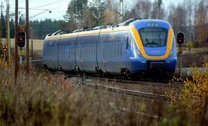 Tågtrafiken är i gång efter olyckan i Fränsta, men vissa tågavgångar är inställda.