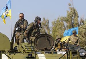 Bataljon Azov vid Mariupol 2014. Ett omstritt förband vars frivilliga i många fall har en bakgrund i högerextremismen men som också spelade en avgörande roll för utvecklingen i kriget i östra Ukraina.
