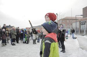 Hugo Bergqvist och hans lillebror Alfons Bergqvist hade åkt in till Stortorget från Edsåsdalen för att demonstrera.