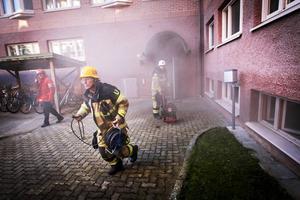 Den chockartade händelsen i Ljusdals kommunhus hade kunnat undvikas, om polisen hade hittat mannen veckorna innan.