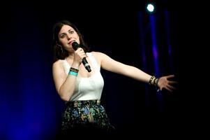 Nour El-Refai uppträder i Falun i februari.
