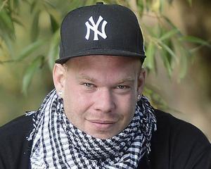 Martin Dahlander, Krismedarbetare