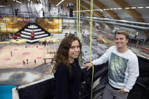Caroline Durango är eventansvarig och Kim Vesterlund är produktionsledare för Gladiatorerna i TV4. Snart är det dags för inspelning igen i Nordichallen.