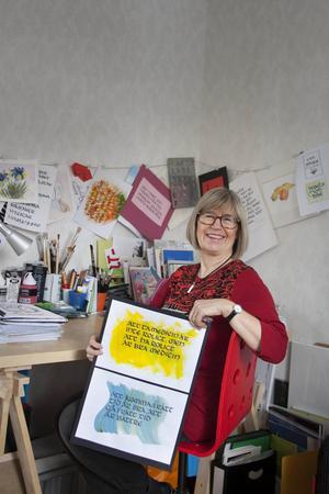 Maj-Britt Ericson har hunnit med många texter och konstverk under tiden hon har sysslat med kalligrafi.